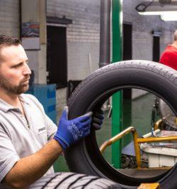 Usine Bridgestone de Béthune -  Controle qualité