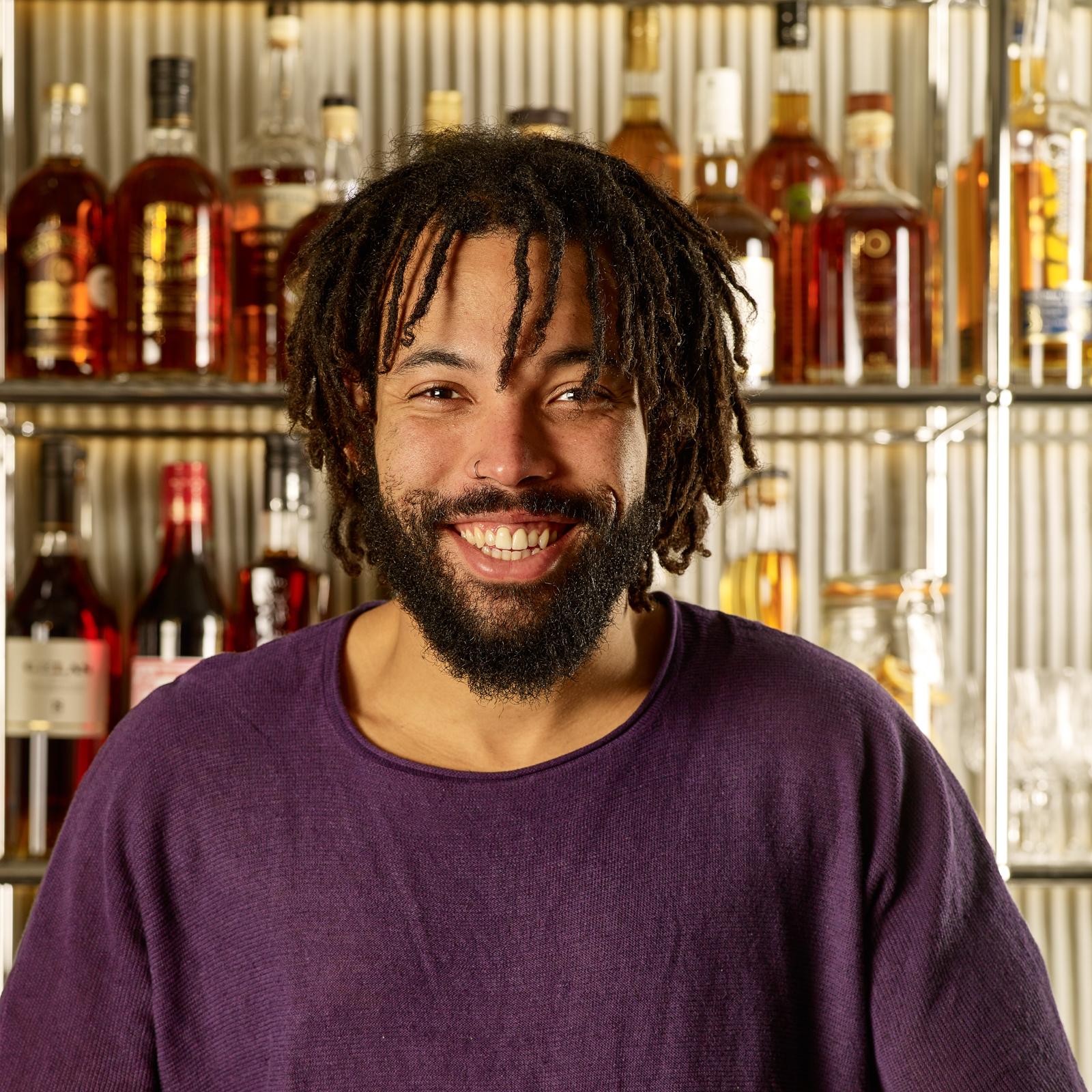 Sullivan barman à la Commune - Whisky Magazine