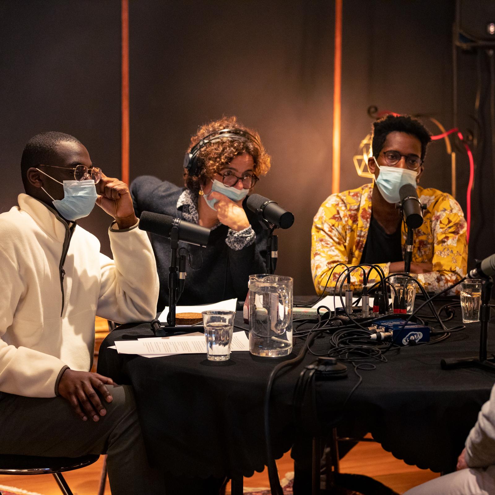"""Enregistrement du podcast """"Dès Demain"""" avec les étudiant de l'ENS et Zoé Varier"""